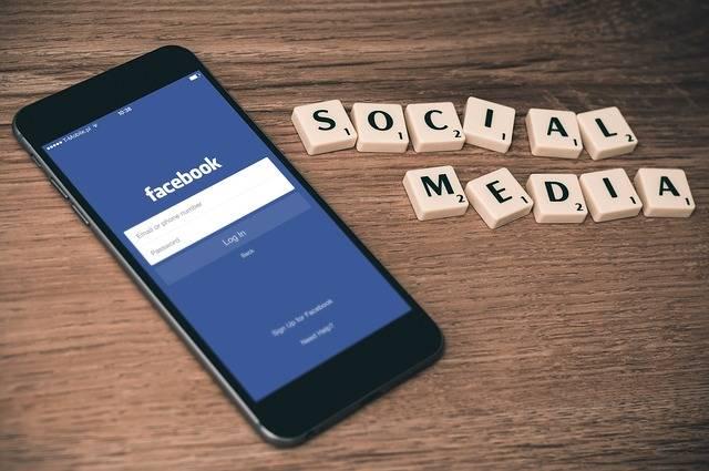Social Media Facebook Smartphone · Free photo on Pixabay (55447)