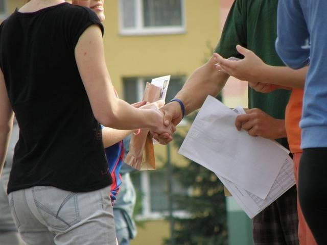 Handshakes Congratulations Hands · Free photo on Pixabay (58913)