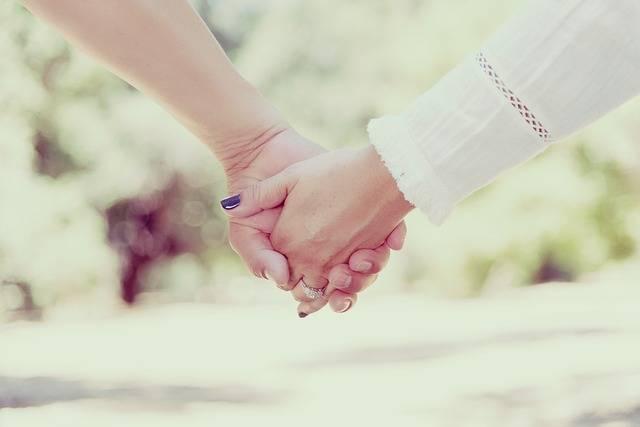 Hands Holding People · Free photo on Pixabay (59101)