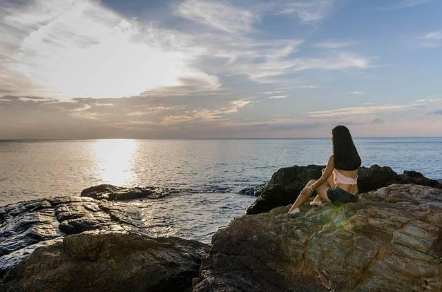 Waiting Woman Girl · Free photo on Pixabay (68183)