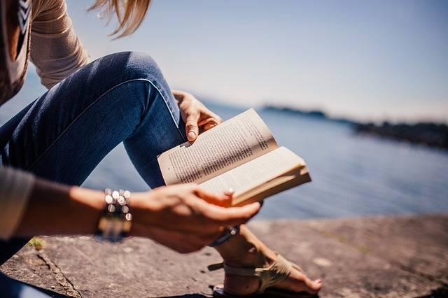 Reading Book Girl · Free photo on Pixabay (68547)