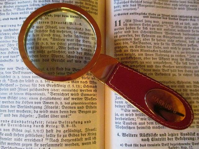 Read Magnifying Glass Bible · Free photo on Pixabay (69398)