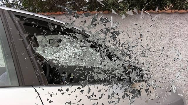 Car Accident Broken Glass Splatter - Free photo on Pixabay (81456)
