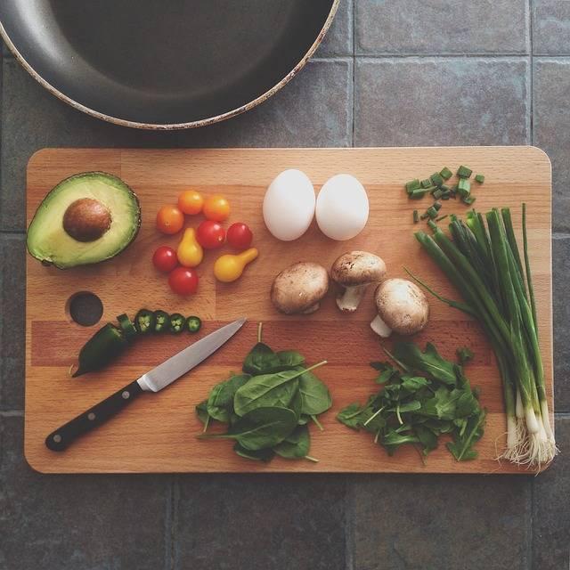 Avocado Chopping Board Cooking - Free photo on Pixabay (96702)