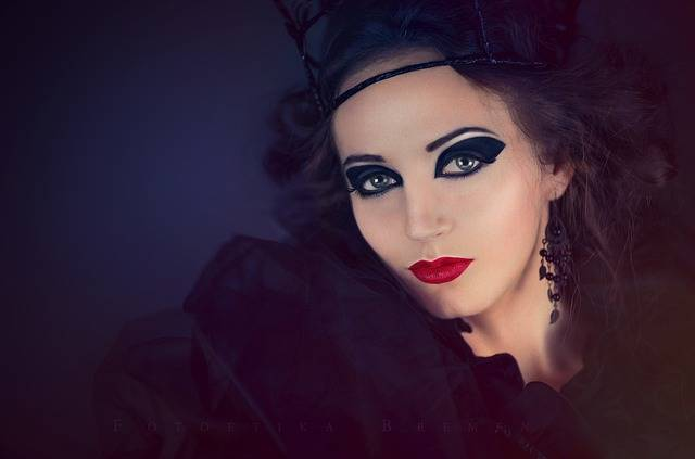Woman Makeup Portrait - Free photo on Pixabay (104448)