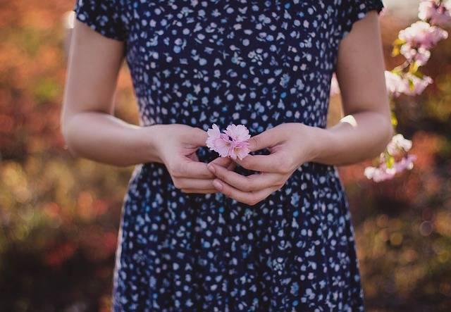 Female Flowers Girl - Free photo on Pixabay (107375)