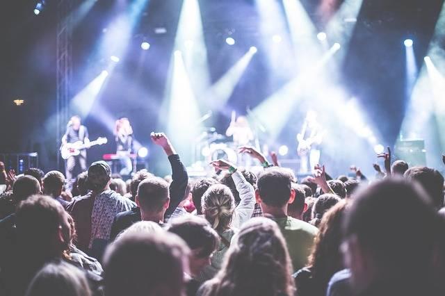 Audience Band Celebration - Free photo on Pixabay (110676)