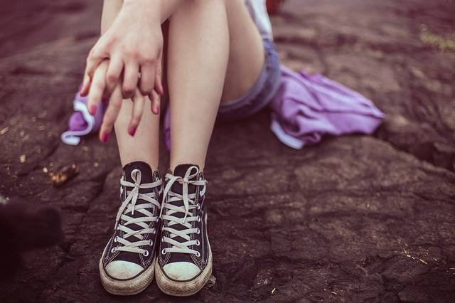 Legs Converse Shoes Casual - Free photo on Pixabay (111874)
