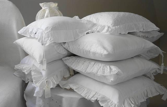 Pillow Pillows The Scenery - Free photo on Pixabay (120913)