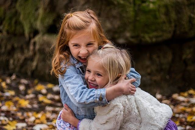 Children Sisters Cute - Free photo on Pixabay (124402)