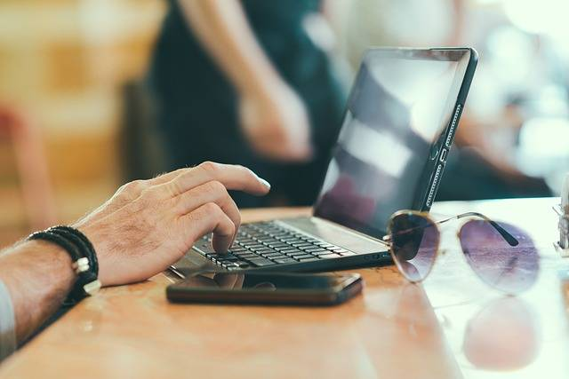 Laptop Mobile Notebook - Free photo on Pixabay (134180)
