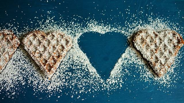 Waffle Heart Waffles Icing Sugar - Free photo on Pixabay (136235)