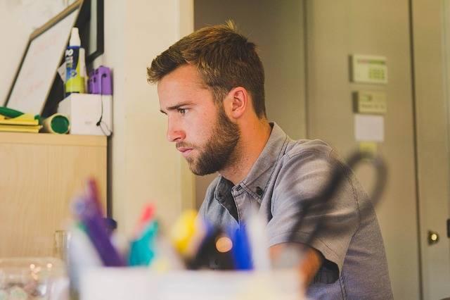 Man Work Desk - Free photo on Pixabay (137498)