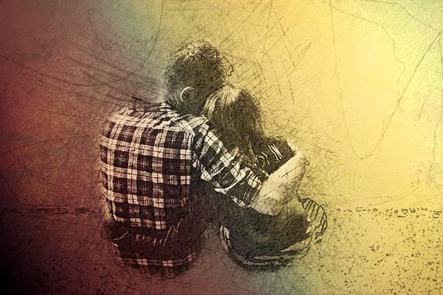 Pair Hug Lovers - Free image on Pixabay (148919)