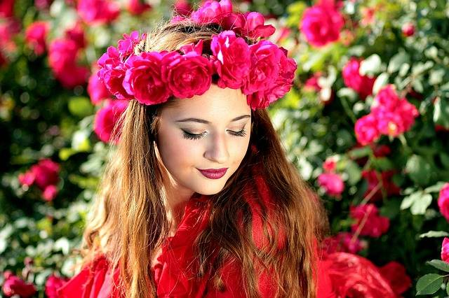 Girl Roses Red - Free photo on Pixabay (159913)