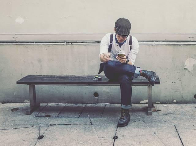Man Guy Smoking - Free photo on Pixabay (160866)