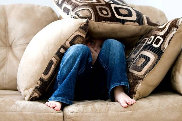 Little Boy Hiding Sad - Free photo on Pixabay (165516)