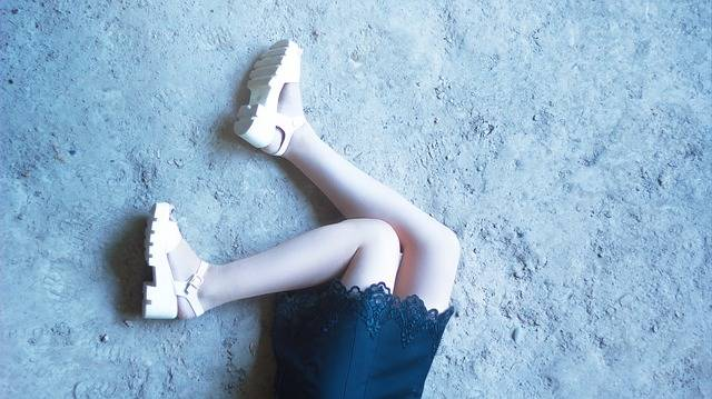 Feet Girls Girl In Dress Hair On - Free photo on Pixabay (168264)