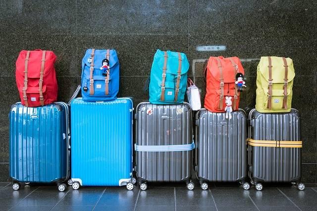 Luggage Suitcases Baggage - Free photo on Pixabay (168320)