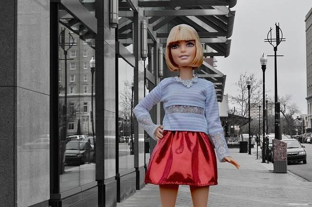 Barbie Doll Posing City - Free photo on Pixabay (176068)