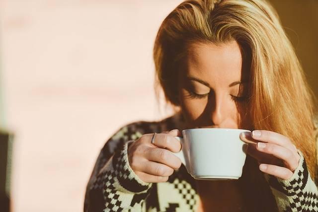Woman Drinking Coffee - Free photo on Pixabay (181088)