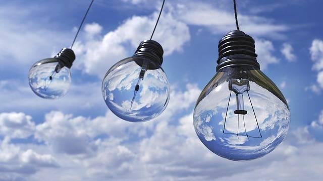 Light Bulb Halogen - Free photo on Pixabay (182999)
