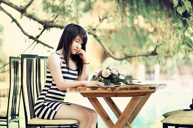 Girl Think Woman - Free photo on Pixabay (183057)