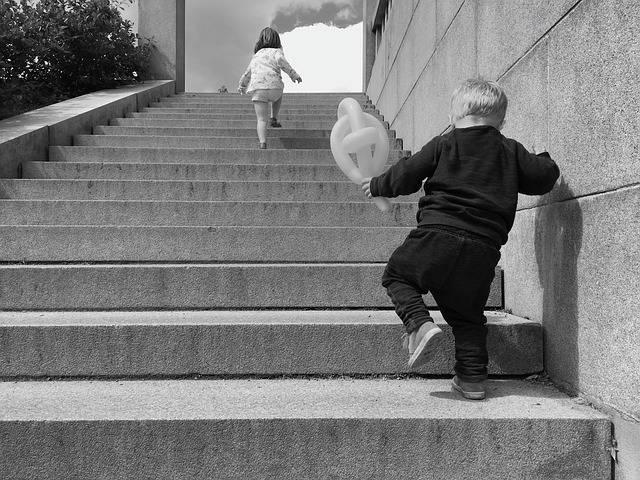 Steps Running Kids - Free photo on Pixabay (185750)