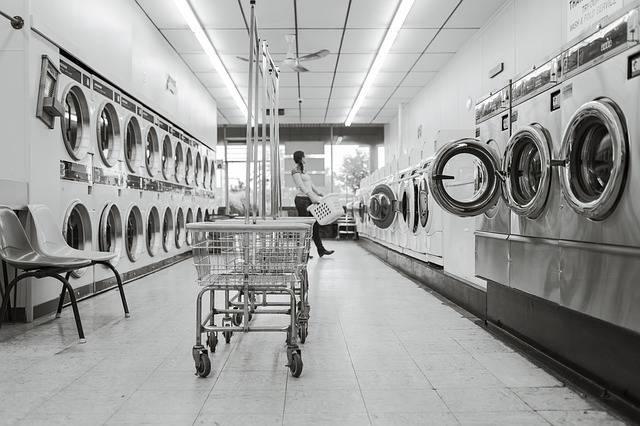 Laundry Saloon Person - Free photo on Pixabay (188593)