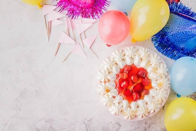 Cake Balloons Flags Birthday - Free photo on Pixabay (195799)