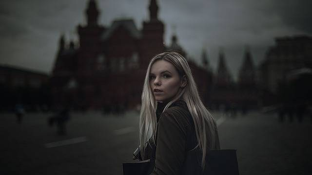 Girl Red Square Gloominess - Free photo on Pixabay (197697)