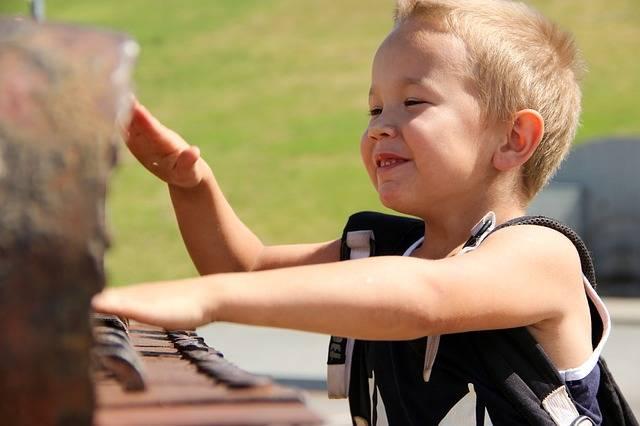 Happy Boy Game Piano - Free photo on Pixabay (206084)