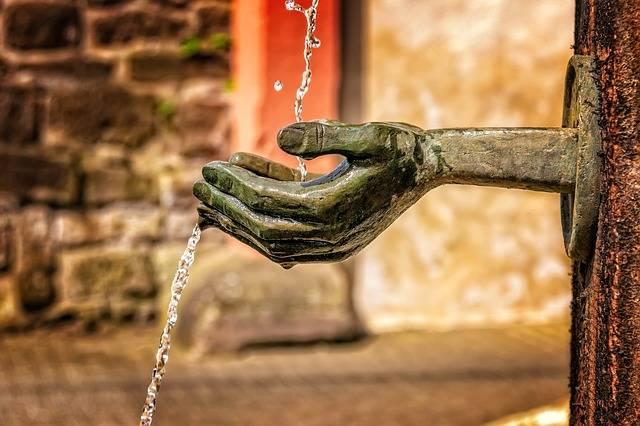 Fountain Water Flow - Free photo on Pixabay (207068)