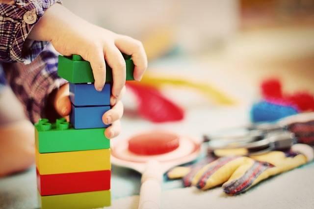 Child Tower Building Blocks - Free photo on Pixabay (211636)