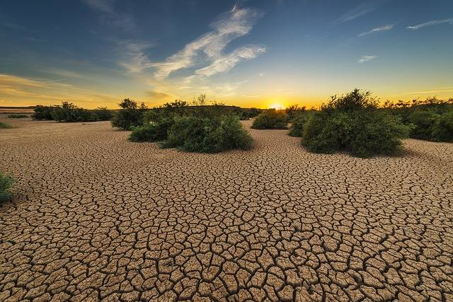 Drought Dehydrated Clay Floor - Free photo on Pixabay (221535)