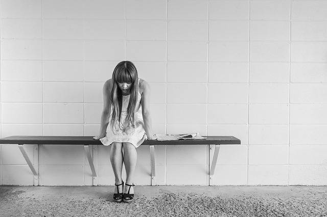 Worried Girl Woman Waiting - Free photo on Pixabay (230810)