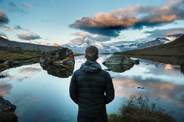 Mountain Lake Person Looking - Free photo on Pixabay (231208)