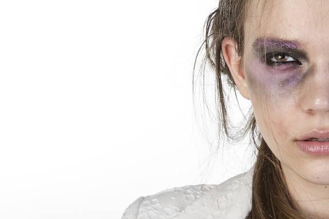 Woman Make-Up Violence Beauty - Free photo on Pixabay (255547)