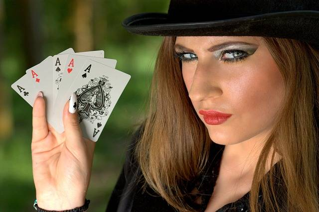 Girl Topper Playing Cards - Free photo on Pixabay (269847)