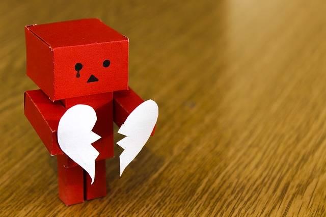 Love Heart Broken - Free photo on Pixabay (272531)
