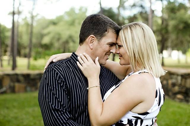 Couple Engage Engagement - Free photo on Pixabay (276556)