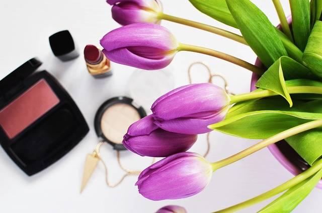 Beauty Cosmetics Flowers - Free photo on Pixabay (296820)
