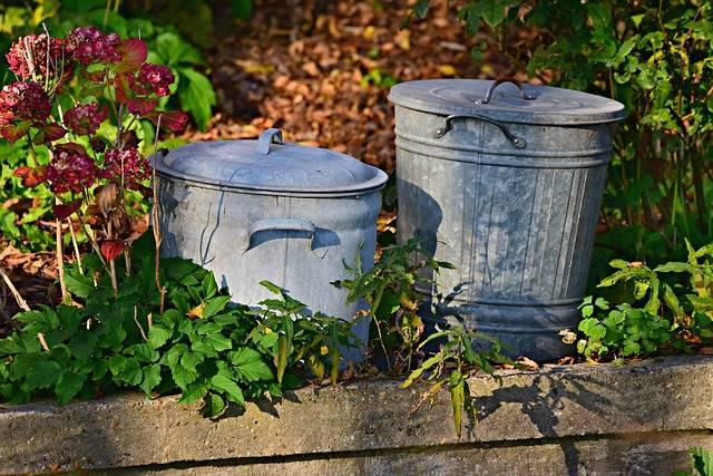 Trash Can Dustbin Garbage - Free photo on Pixabay (302235)