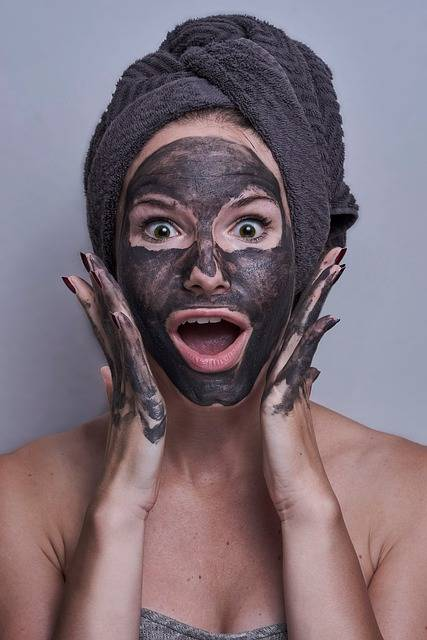 Woman Portrait Facemask - Free photo on Pixabay (302463)