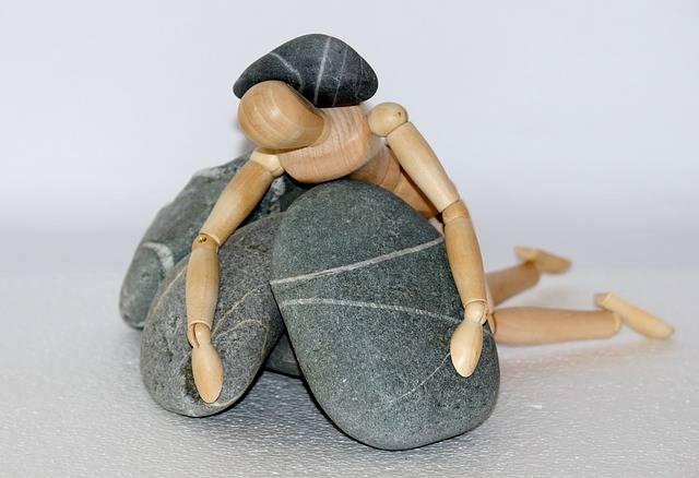 Holzfigur Stones Life Struggle - Free photo on Pixabay (304139)