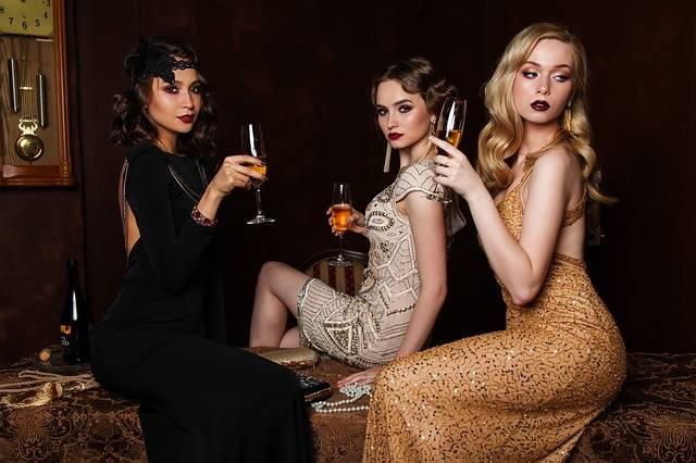 Three Women Fashion - Free photo on Pixabay (309969)