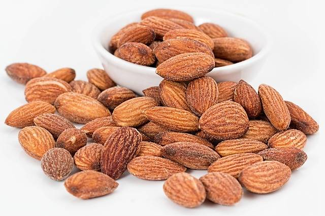 Almonds Nuts Roasted - Free photo on Pixabay (312798)