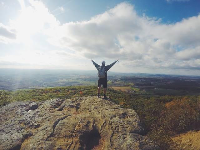 Hiking Mountain Climbing - Free photo on Pixabay (312895)