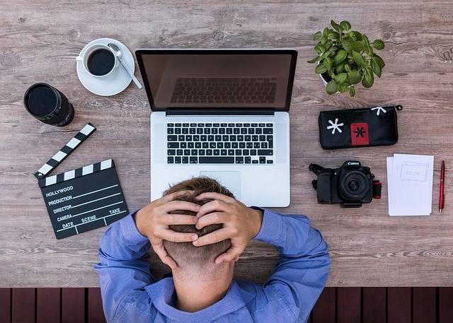 Youtuber Blogger Screenwriter - Free photo on Pixabay (320618)