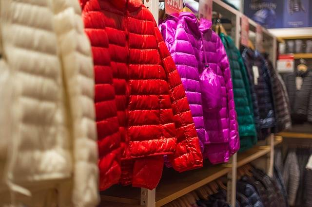 Down Jackets Clothes Shopping - Free photo on Pixabay (325948)